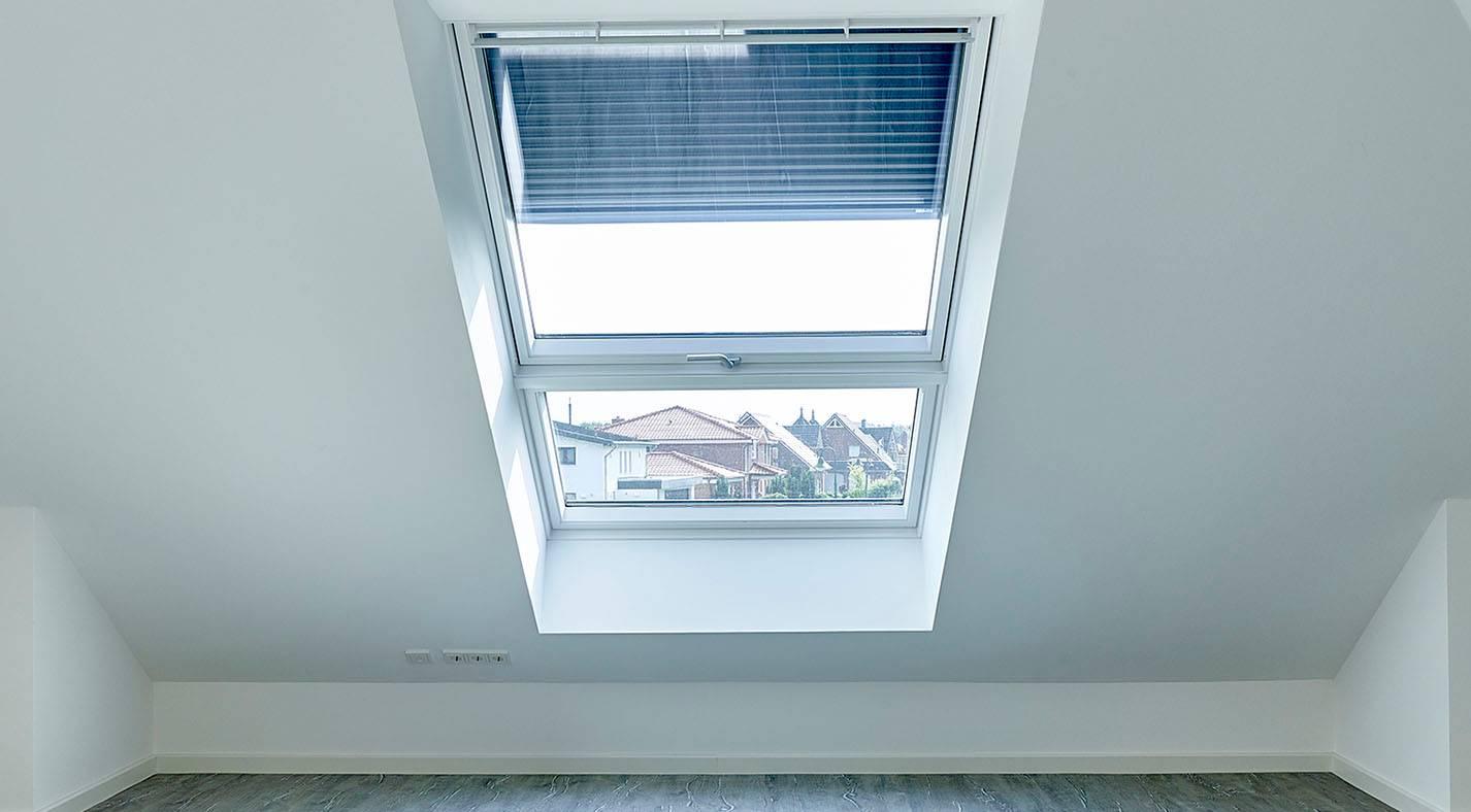 Winkelbungalow 155 W / Kind (übergroßes Fenster Extra)