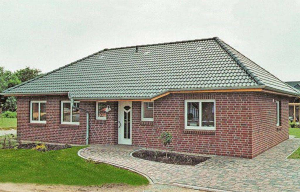 Bungalow 100w Frontansicht