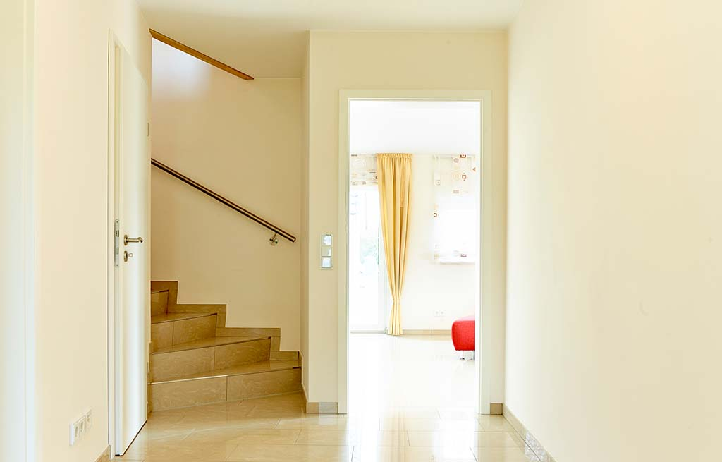 Doppelhaus 116D Eingangsbereich Blick auf den Treppenaufgang